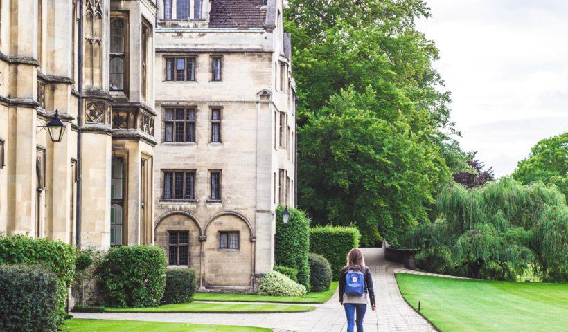 Школа у Великій Британії