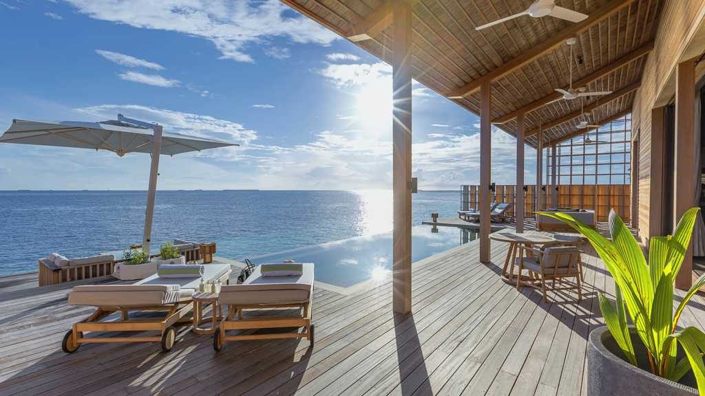 Отель Kudadoo Island работает от солнечной энергии