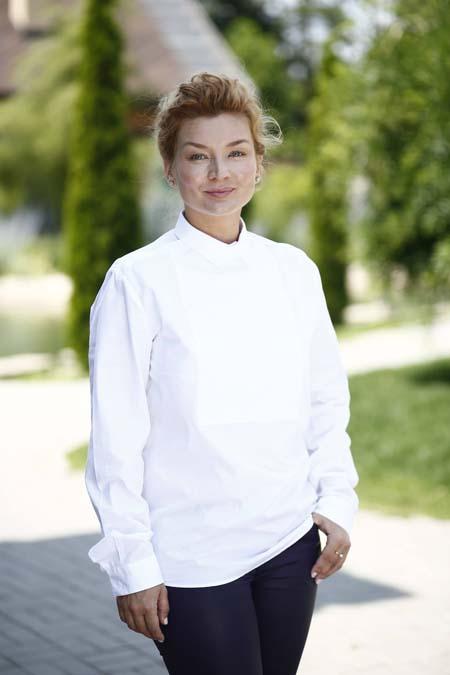 Елена Балбекова
