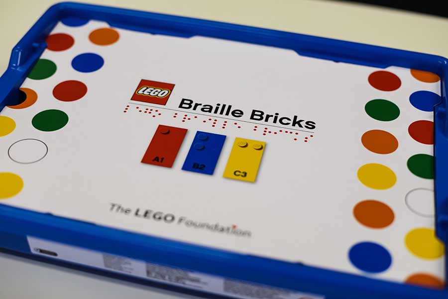 Кубики Lego Braille Bricks