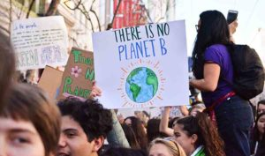Забастовка школьников против климатических изменений