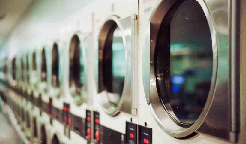 стиральная машина, фильтрующая микропластик